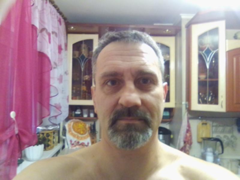 Серьёзный сайт знакомств SiteLove: анкеты мужчин из Самары